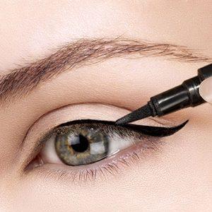 Creion și tuș pentru ochi